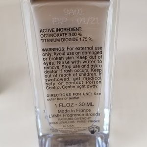 Makeup - Givenchy teint couture eyewear foundation